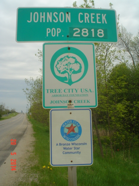 Welcome to Johnson Creek Tree City USA sign